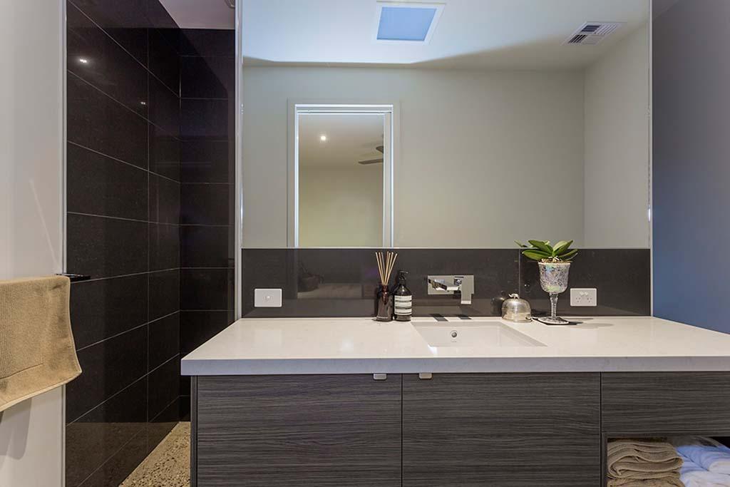 Custom Bathroom Cabinets Geelong Your Custom Cabinets